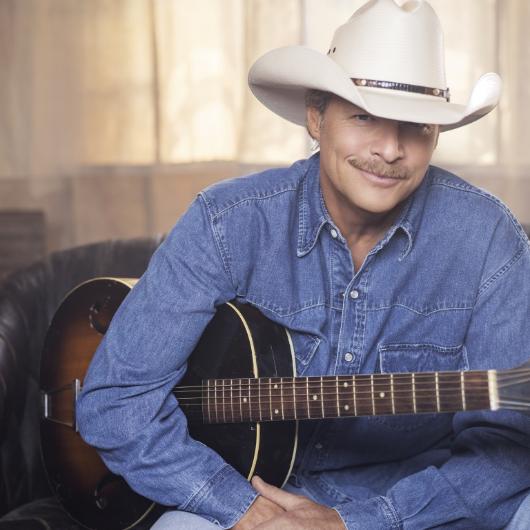 COUNTRY SUPERSTAR ALAN JACKSON ANNOUNCES 2020 TOUR.
