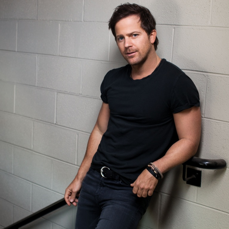 KIP MOORE APPEARS ON ABC'S GOOD MORNING AMERICA TO PERFORM AND TALK ABOUT HIS NEW ALBUM, WILD ONES.
