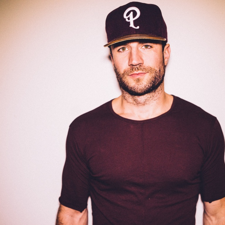 SAM HUNT'S FAMILY HAS A LONG-TIME CONNECTION TO LUKE BRYAN.