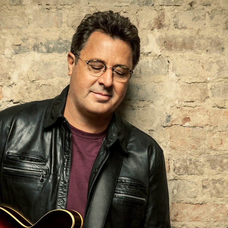 VINCE GILL WILL PERFORM A FREE SHOW IN NASHVILLE.