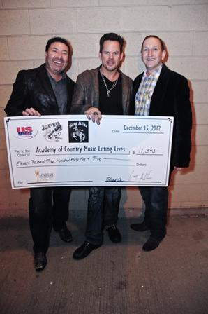 GARY ALLAN & JOE'S BAR DONATE BIG MONEY TO ACM LIFTING LIVES. (PHOTO)