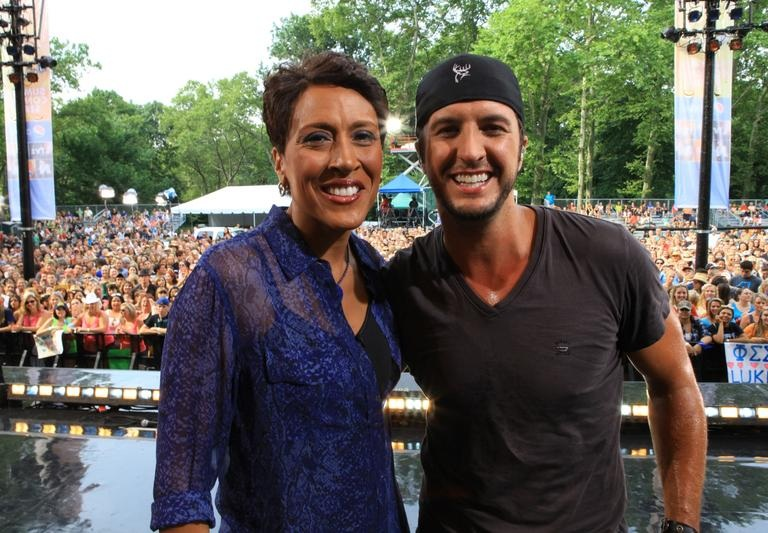 LUKE BRYAN ROCKED CENTRAL PARK AS PART OF GMA'S 'SUMMER CONCERT SERIES!' (VIDEO)