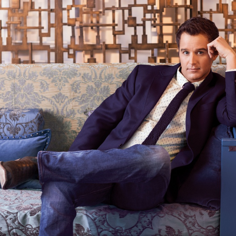 EASTON CORBIN PUT TOGETHER A BEAUTIFUL PUZZLE FOR HIS LATEST ALBUM, ABOUT TO GET REAL.
