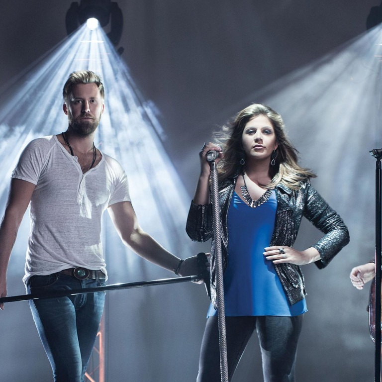 LADY ANTEBELLUM ADD A STOP AT NASHVILLE'S BRIDGESTONE ARENA TO THEIR WHEELS UP TOUR.