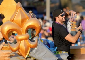 luke-bryan-at-endymion-2015-7cc7c890053590fa