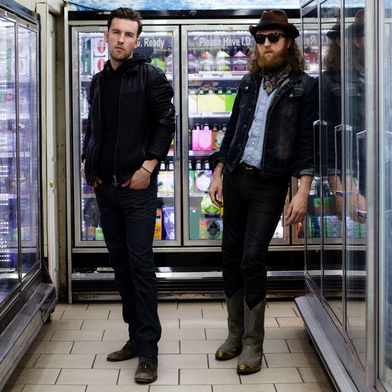 BROTHERS OSBORNE GET CAUGHT UP IN SOME HOT AIR PRANKING ON TOUR.