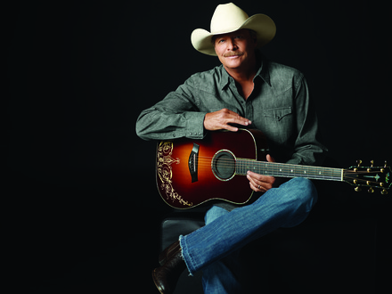 ALAN JACKSON WRAPS FIRST LEG OF 25TH ANNIVERSARY KEEPIN' IT COUNTRY TOUR.