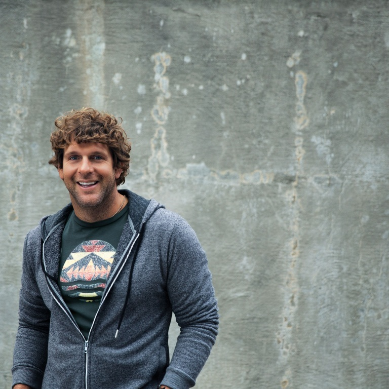 BILLY CURRINGTON TAKES FANS BEHIND-THE-SCENES OF HIS TIME ON THE ROAD.