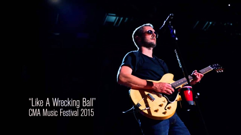 Eric Church – Like A Wrecking Ball at CMA...