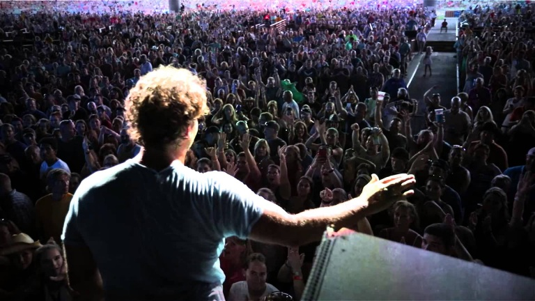 On the road with Billy Currington Episode 4