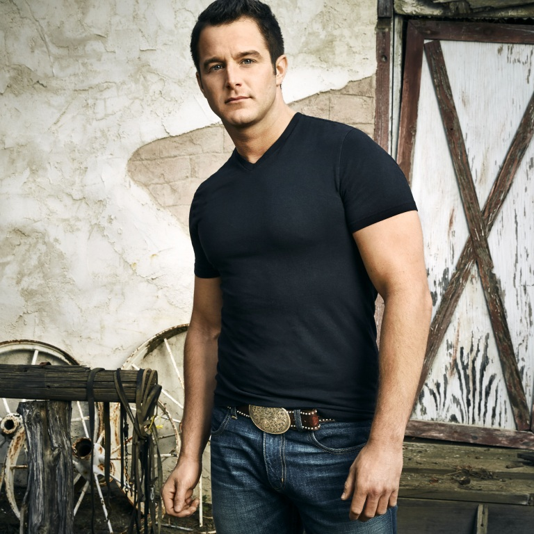 CHRISTMAS 2017: Easton Corbin