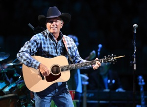 """LAS VEGAS, NV - SEPTEMBER 09:  (EXCLUSIVE COVERAGE) Recording artist George Strait performs during one of his exclusive worldwide engagements, """"Strait to Vegas"""" at T-Mobile Arena on September 9, 2016 in Las Vegas, Nevada.  (Photo by Ethan Miller/Getty Images for Essential Broadcast Media)"""