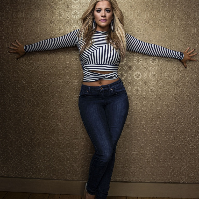 LAUREN ALAINA TAKES THE 'ROAD LESS TRAVELED' TO RELEASE NEW ALBUM.