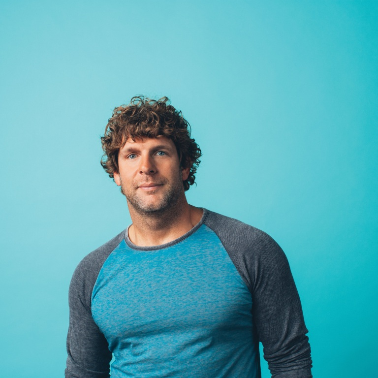 "BILLY CURRINGTON UNVEILS NEW SONG ""SEASIDE."""