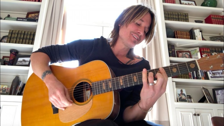 "Keith Urban – ""Female"" Acoustic"