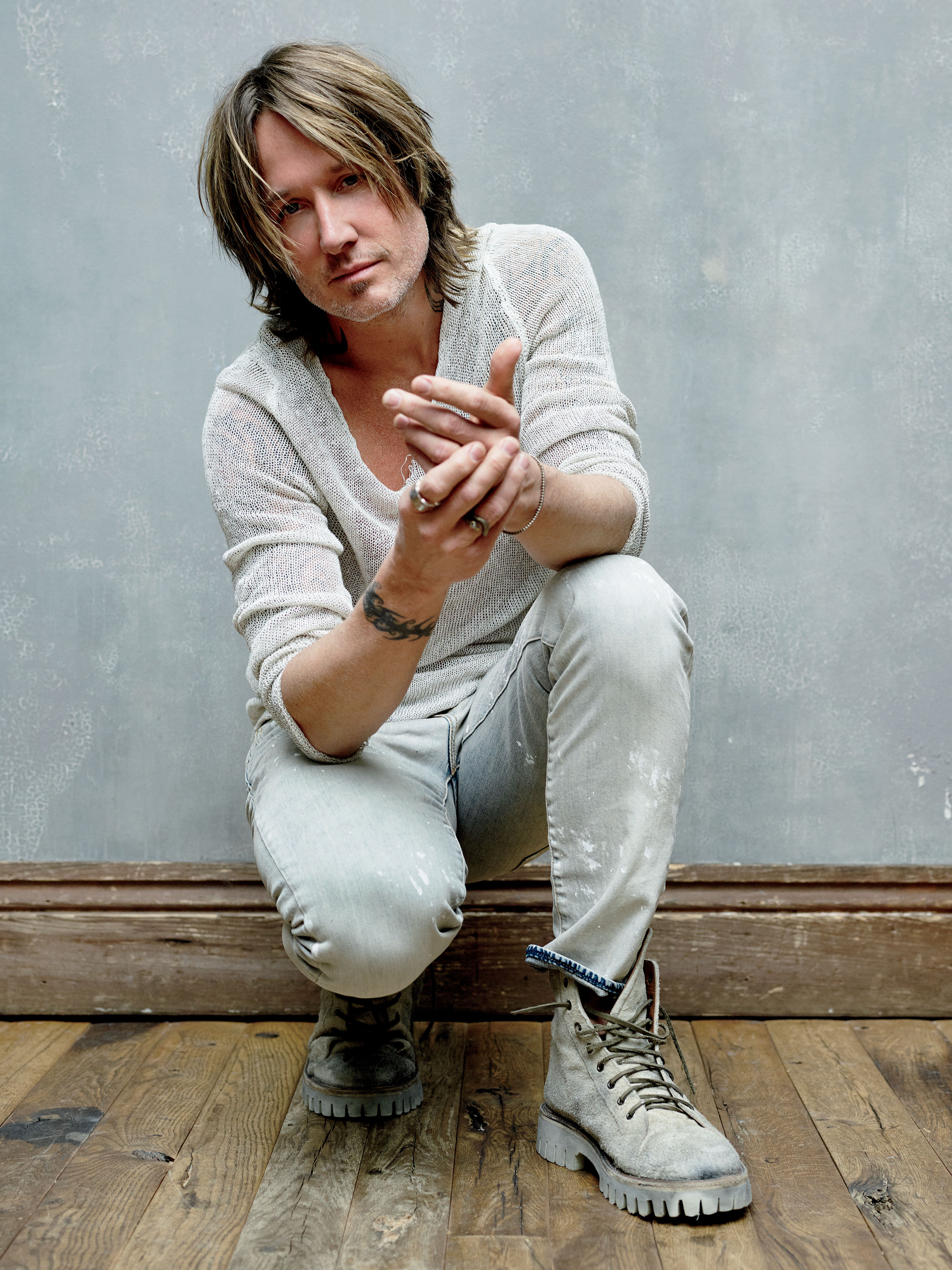 KEITH URBAN EXTENDS HIS GRAFFITI U WORLD TOUR.