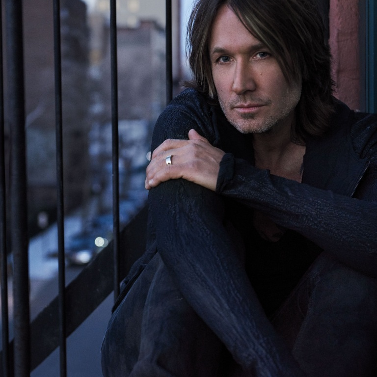 "MULTIPLE ACM NOMINEE KEITH URBAN DELIVERS  EMPASSIONED PERFORMANCE OF ""BURDEN."""