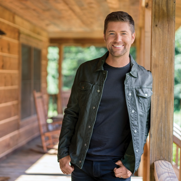 JOSH TURNER EARNS MULTI-PLATINUM ON CHART-TOPPERS.