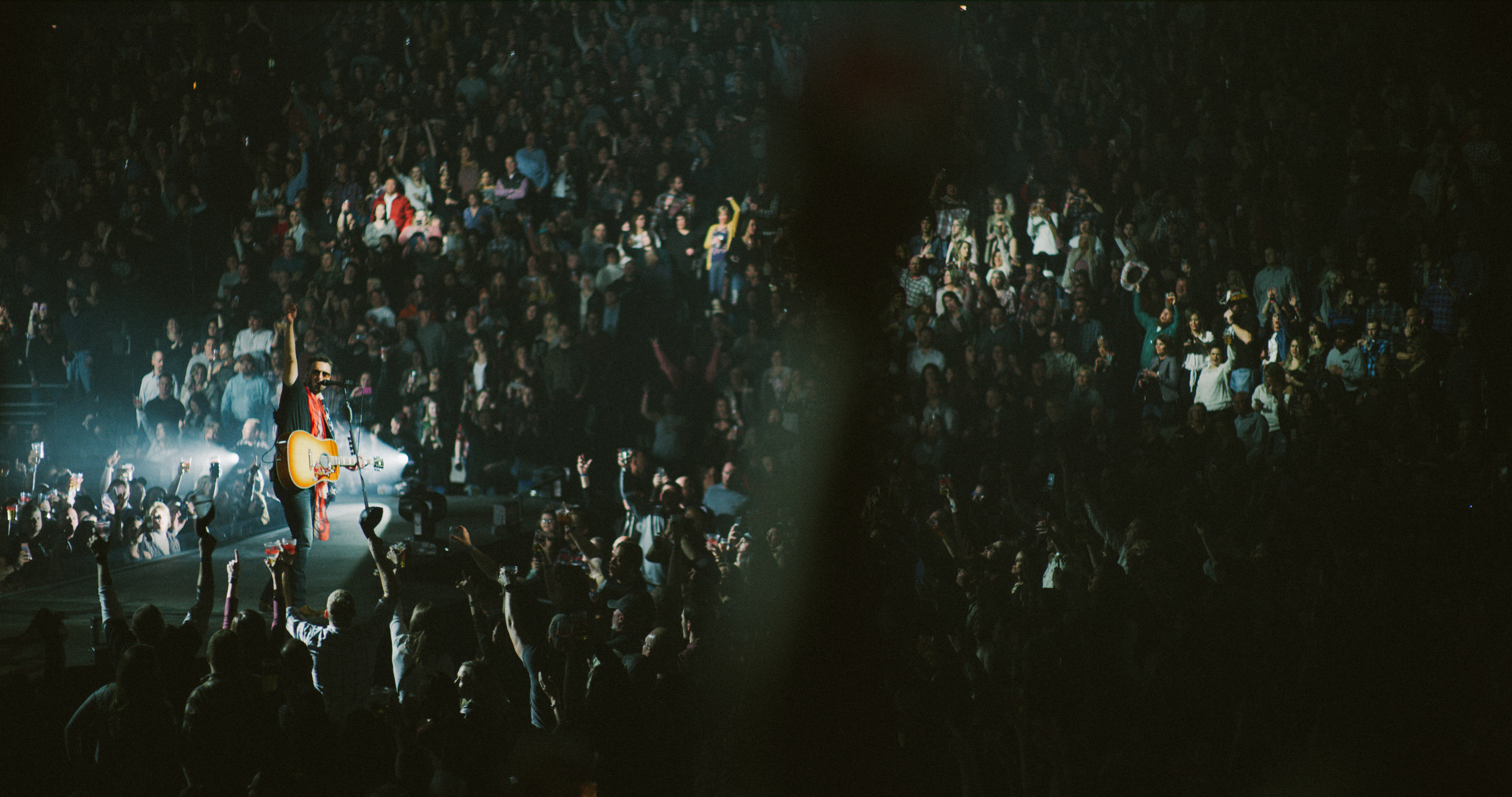 Pressroom Eric Church Thrills As Double Down Tour Launches With