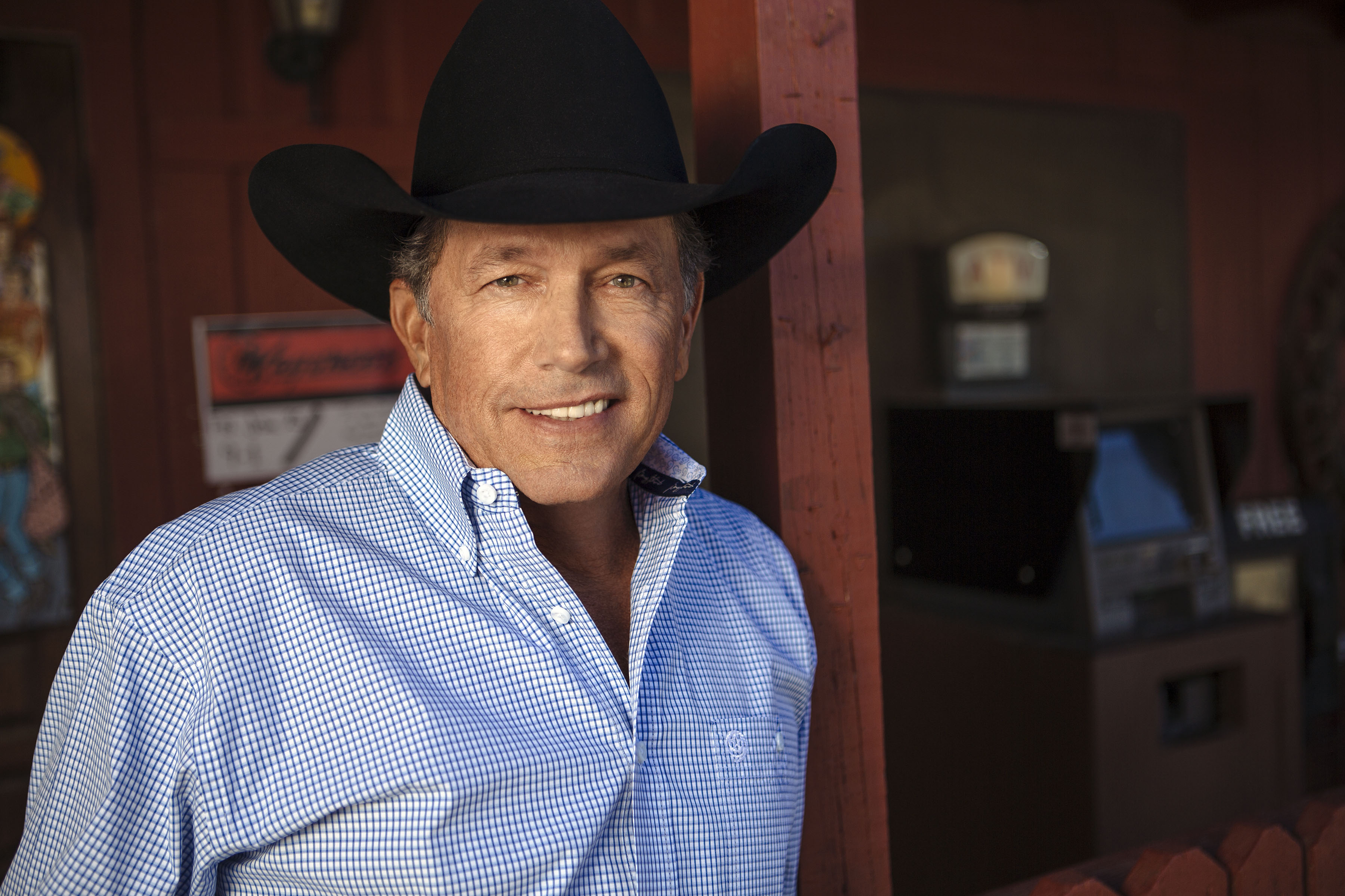 GEORGE STRAIT BRINGS HIS CODIGO TO ALL 50 STATES.