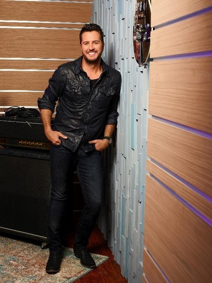 LUKE BRYAN TO PERFORM ON AMERICAN IDOL FINALE ON SUNDAY.
