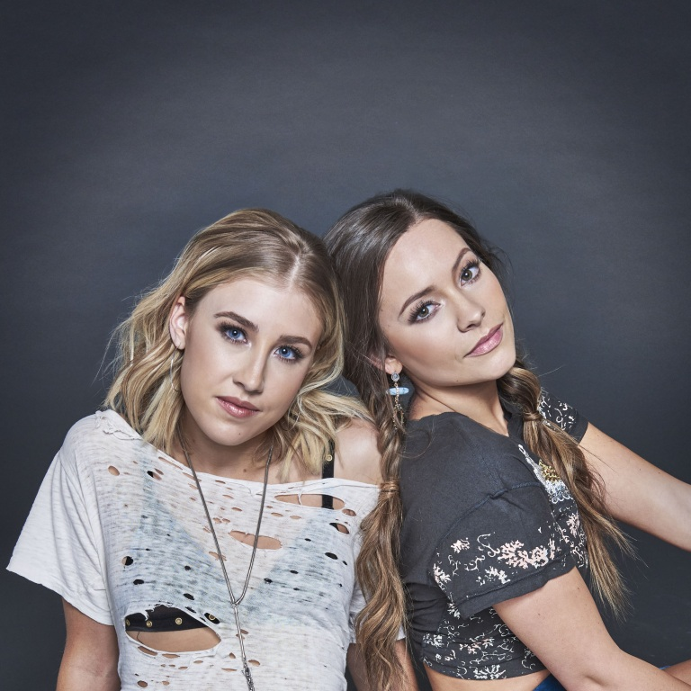 MADDIE & TAE LOOK FORWARD TO HITTING THE ROAD WITH CARRIE UNDERWOOD THIS WEEK.
