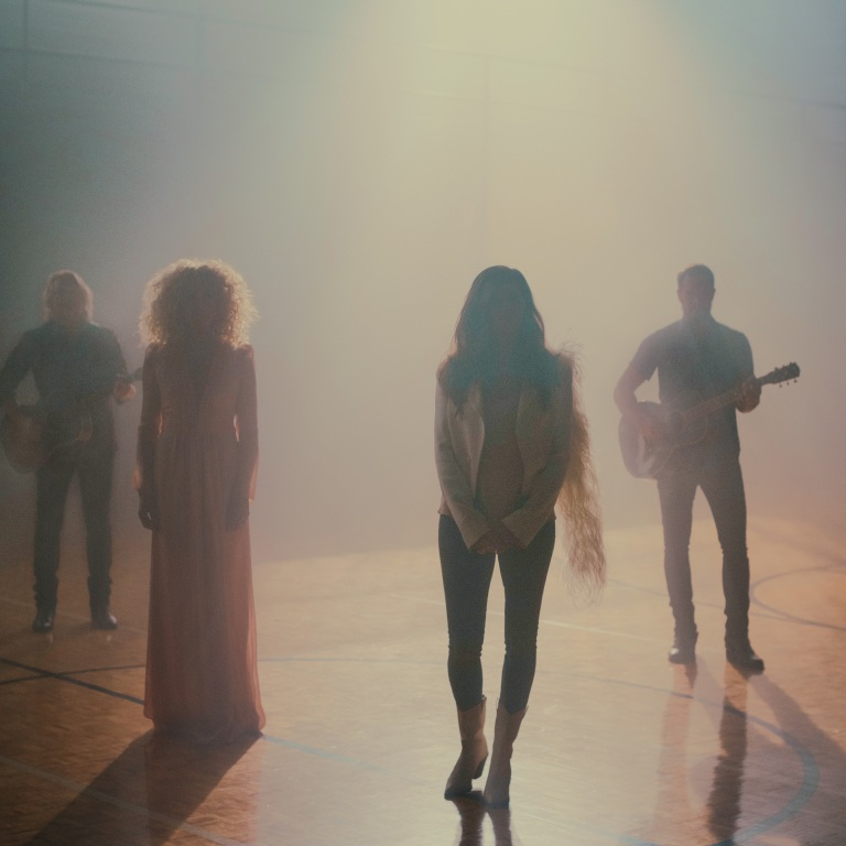 "LITTLE BIG TOWN PERFORMS ""THE DAUGHTERS"" ON TONIGHT SHOW."