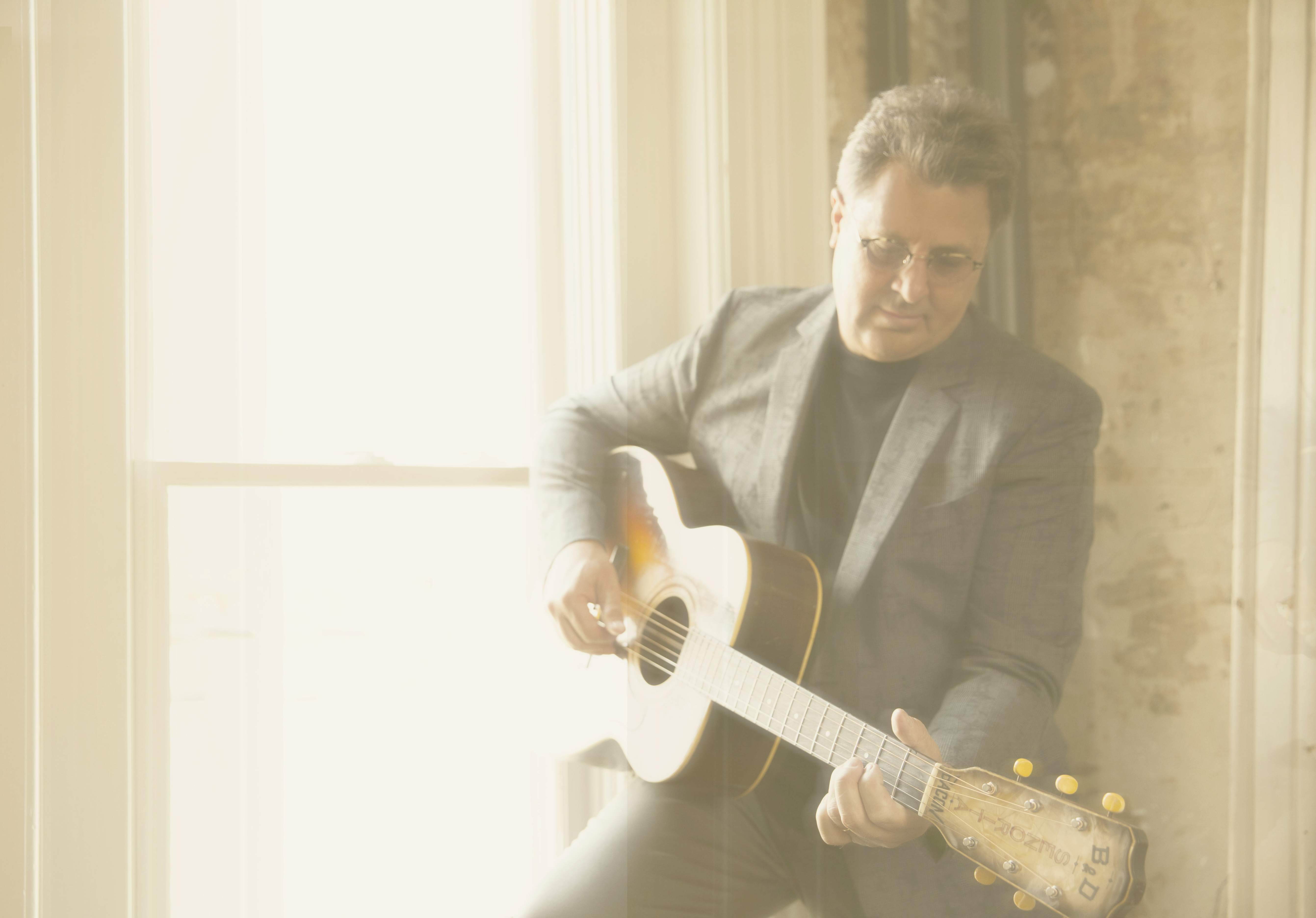 "VINCE GILL RELEASES A LYRIC VIDEO FOR ""I DON'T WANNA RIDE THE RAILS NO MORE."""