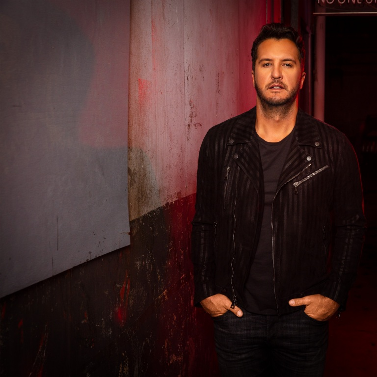 LUKE BRYAN AND THE REST OF THE AMERICAN IDOL CAST RETURNS TO ABC EARLY NEXT YEAR.