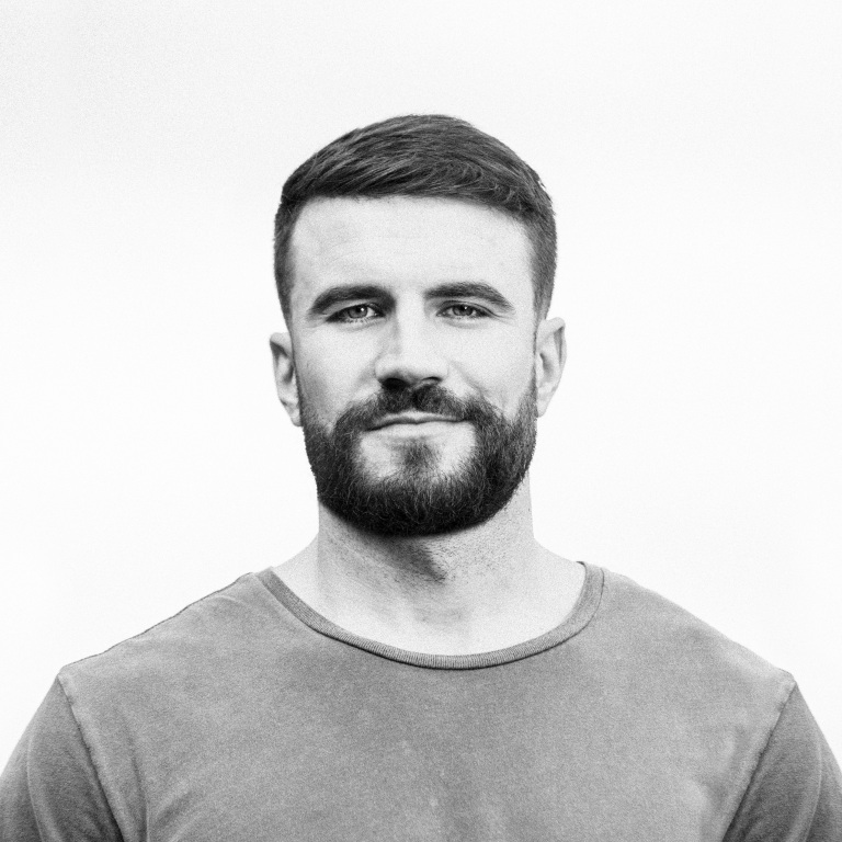 "SAM HUNT DROPS NEW SINGLE, ""KINFOLKS."""