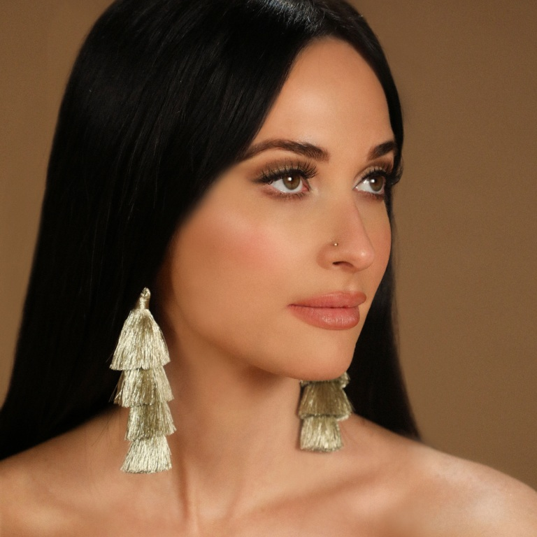 KACEY MUSGRAVES APPEARS AND PERFORMS ON TONIGHT SHOW STARRING JIMMY FALLON.