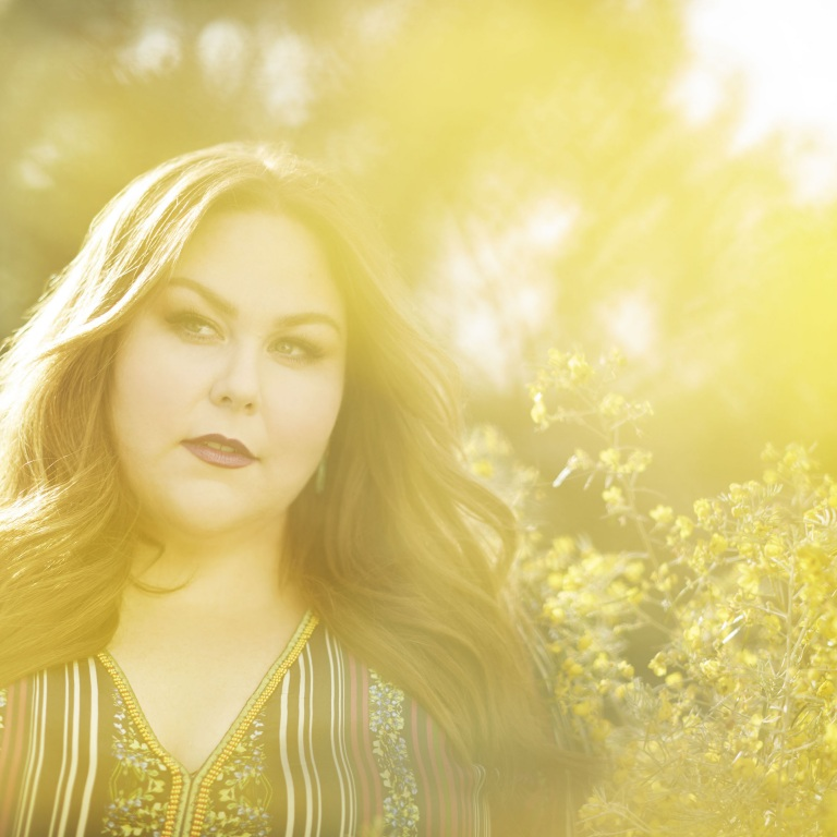 CHRISSY METZ VALUES STORYTELLING AND AUTHENTICITY OF COUNTRY MUSIC.
