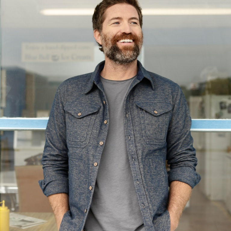 JOSH TURNER RELEASES HIS NEW ALBUM, COUNTRY STATE OF MIND, ON FRIDAY.