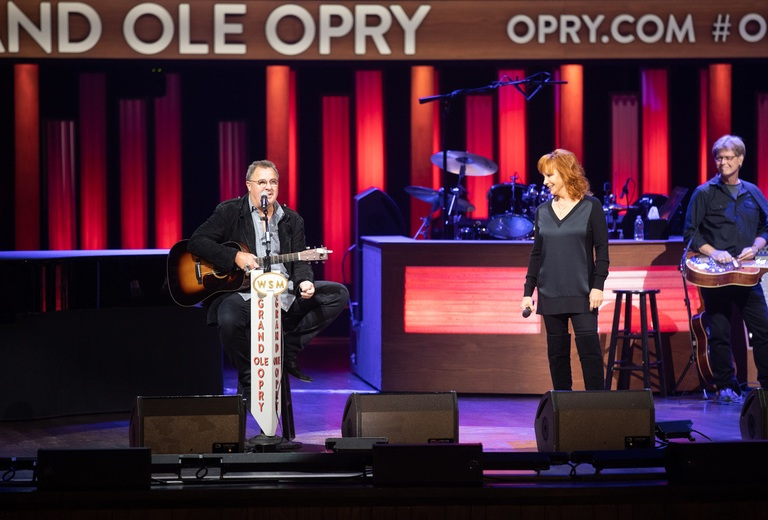 OPRY MEMBERS VINCE GILL AND REBA McENTIRE PERFORM ON GRAND OLE OPRY'S 4,933rd CONSECUTIVE SATURDAY NIGHT BROADCAST.