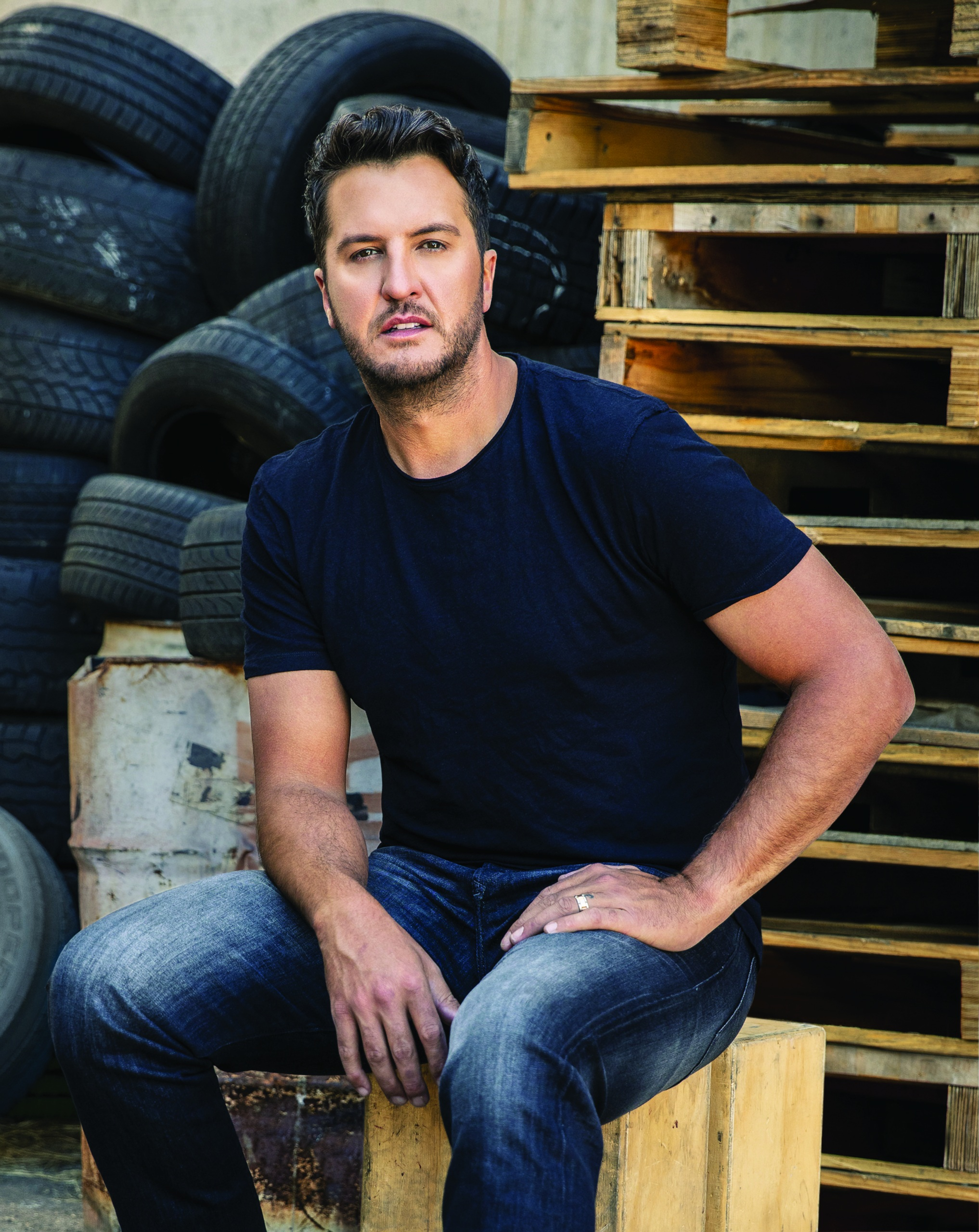 LUKE BRYAN'S NEW ALBUM, BORN HERE LIVE HERE DIE HERE, AVAILABLE NOW.