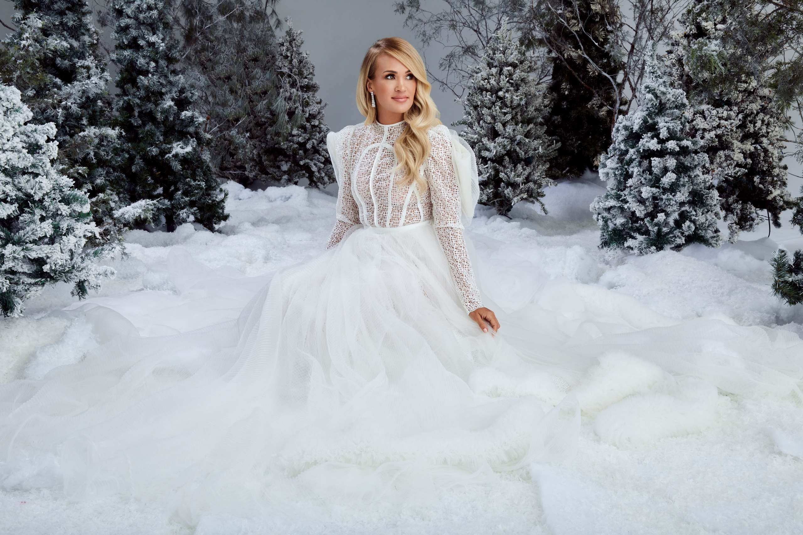 CARRIE UNDERWOOD AND HBO MAX GET INTO THE HOLIDAY SPIRIT WITH A CHRISTMAS SPECIAL HIGHLIGHTING HER FIRST-EVER CHRISTMAS ALBUM, MY GIFT