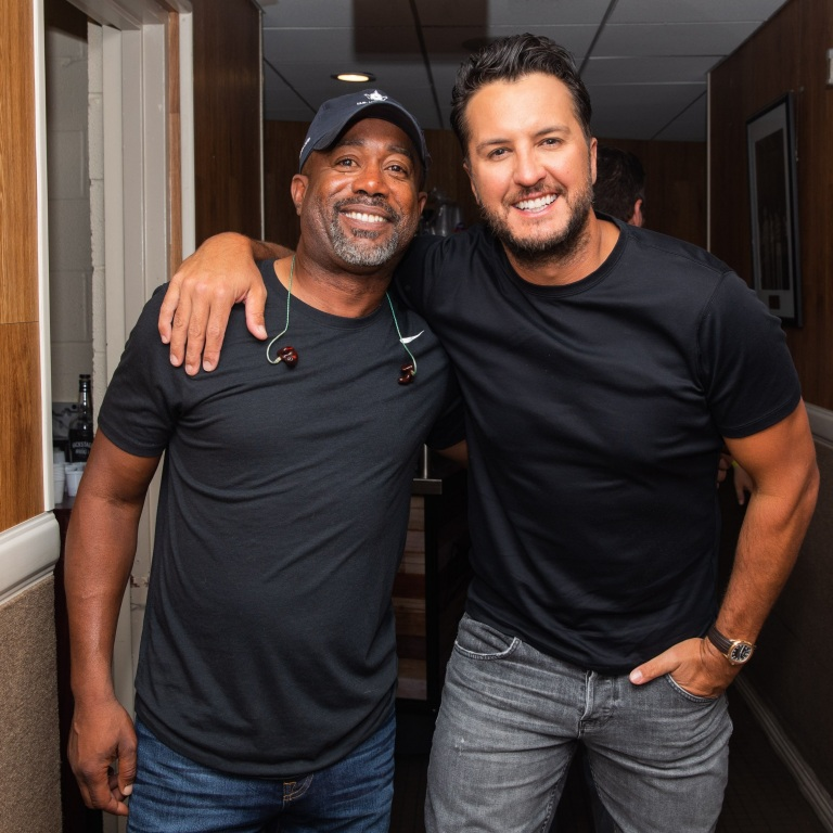 LUKE BRYAN AND DARIUS RUCKER PERFORM ON THE GRAND OLE OPRY.