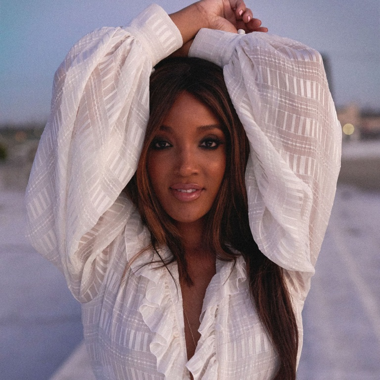 MICKEY GUYTON GIVES BIRTH TO A BABY BOY.