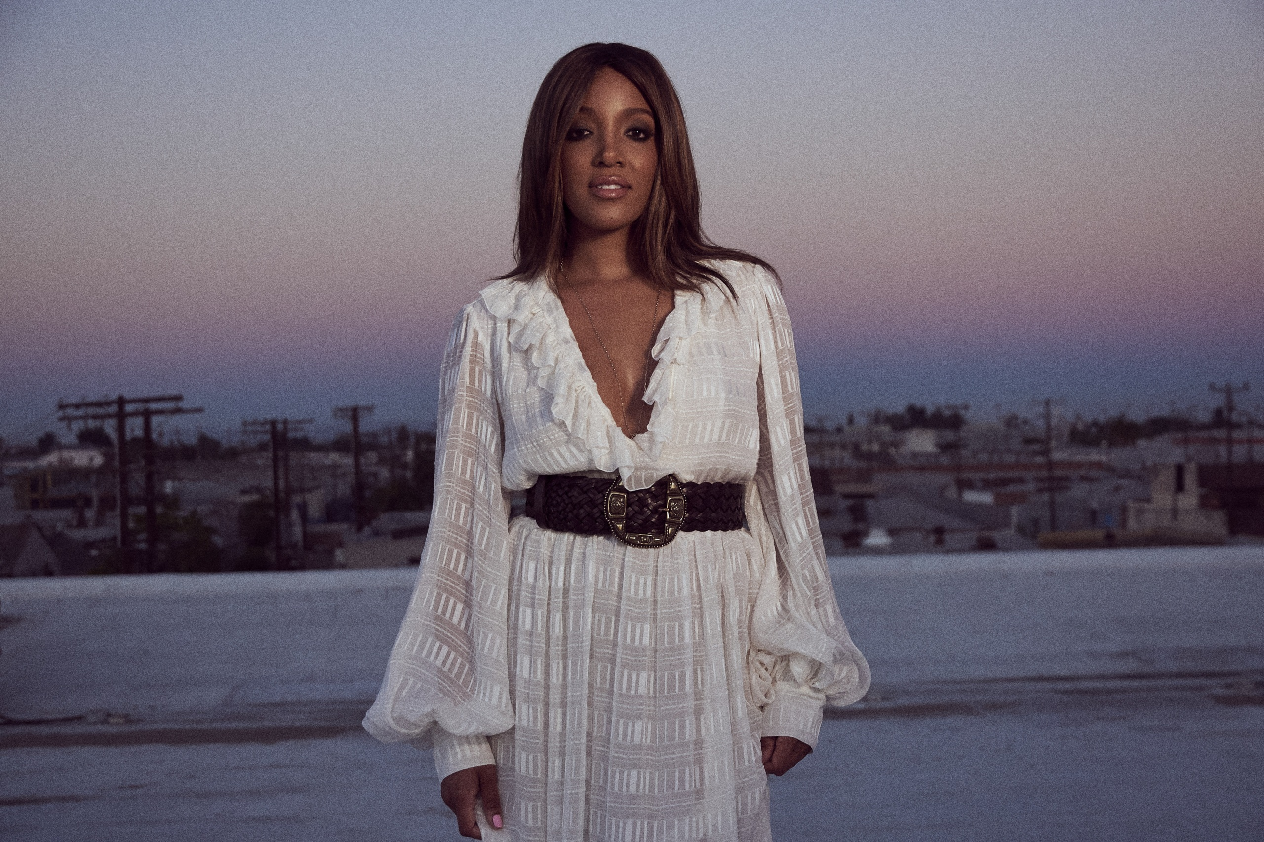 MICKEY GUYTON NOMINATED FOR ACM NEW FEMALE ARTIST OF THE YEAR.