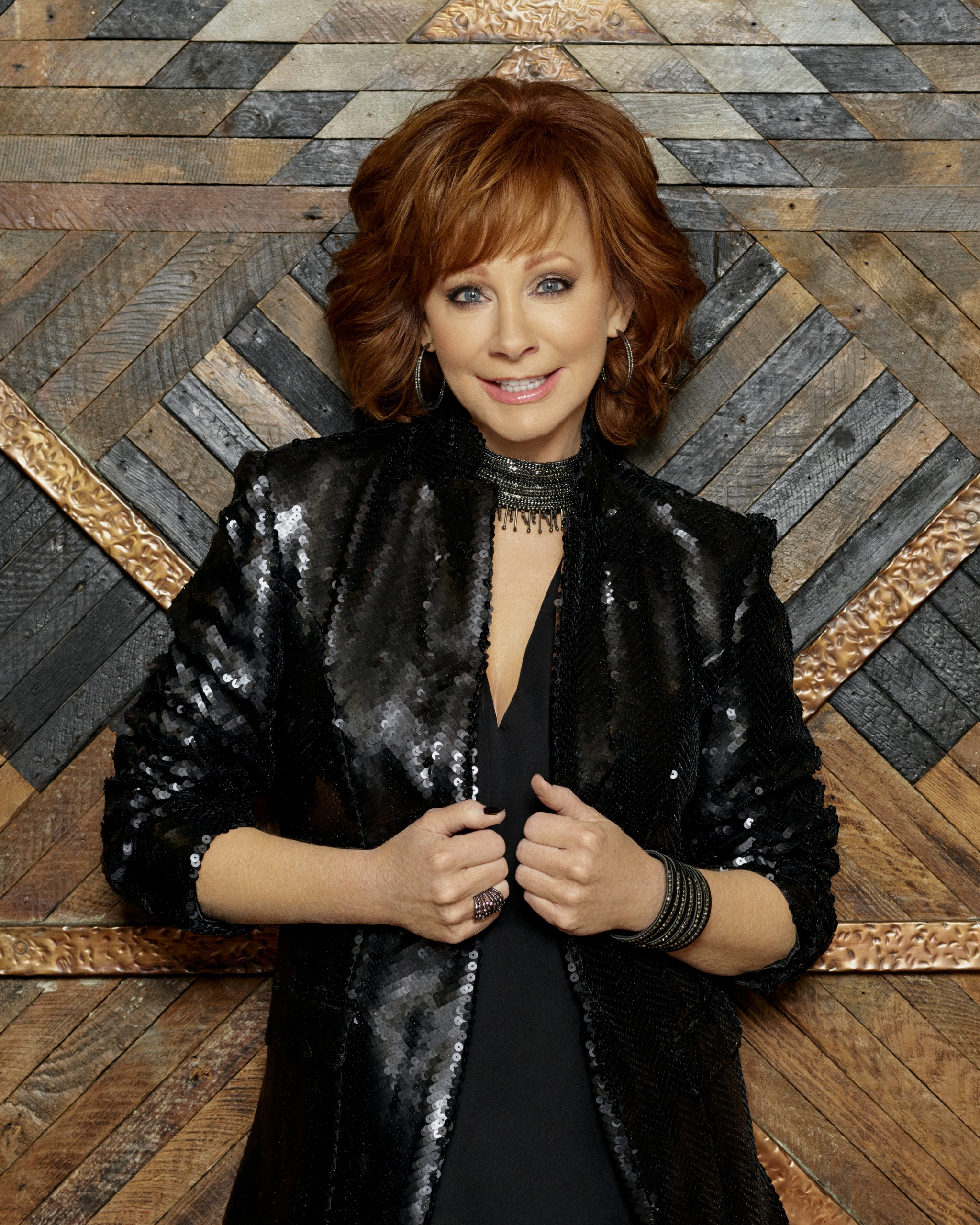 """REBA McENTIRE HELPS PAY TRIBUTE TO """"THE GAMBLER"""" KENNY ROGERS IN A STAR-STUDDED TRIBUTE THIS WEEK."""