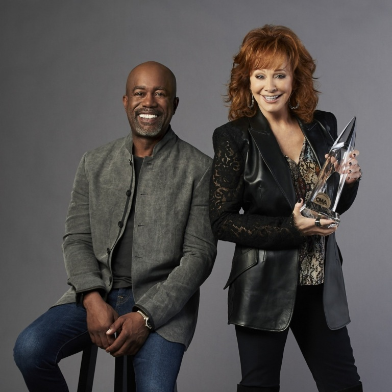 DARIUS RUCKER SAYS CO-HOSTING THIS YEAR'S CMA AWARDS WITH REBA McENTIRE WAS ONE OF THE BEST EXPERIENCES OF HIS LIFE.