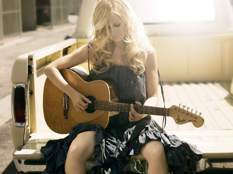 DEANA CARTER ANNOUNCES DID I SHAVE MY LEGS FOR THIS? 25TH ANNIVERSARY EDITION TO BE RELEASED NOVEMBER 5TH.